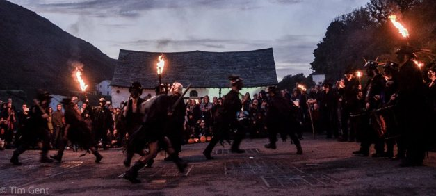 Beltane Border Morris - Photo credit: Tim Dent