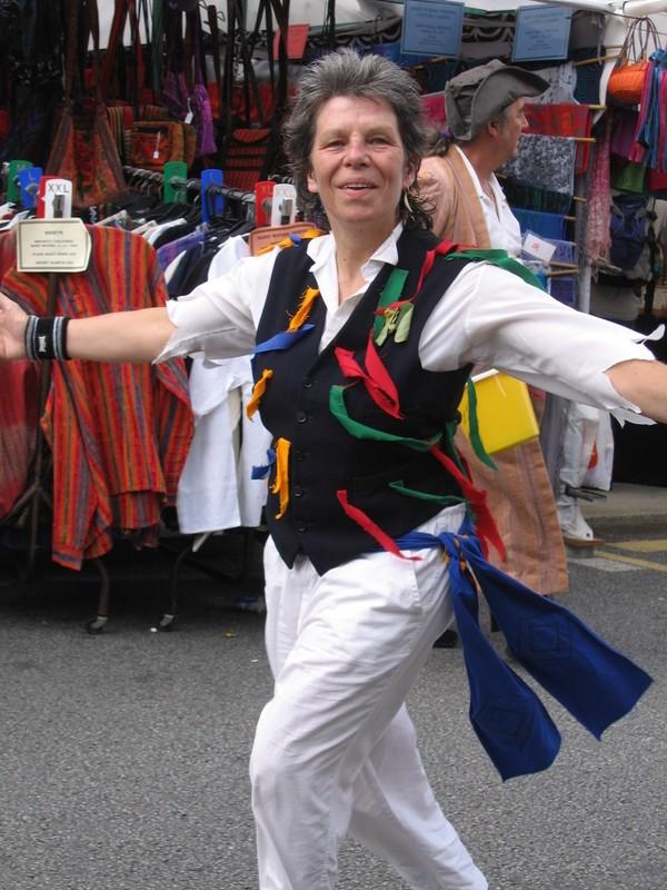 Mazey dancing (2)